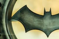 Batman Symbol auf einem Scheinwerfer
