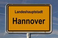Verkehrs: Ortseingangsschild von Hannover