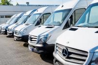 Mercedes Sprinter in Reihe