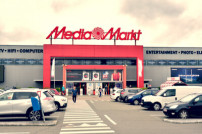 Parkplatz vor Mediamarkt