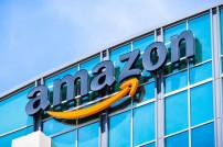 Amazon-Schrift an Gebäude