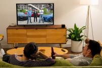 Fire TV Cube neben Fernseher