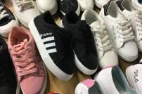 gefälschte Adidas-Schuhe