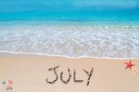 Juli auf Strand