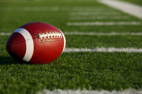 Football auf Feld