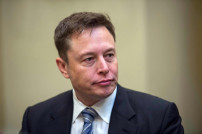 Elon Musk, Rivale von Jeff Bezos
