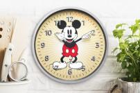 Sonderedition von Amazons Echo Wall Clock im Mickey-Maus-Stil