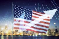 US-Flagge mit Graphen und städtischer Skyline