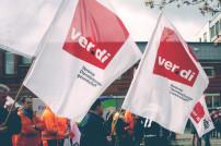 Verdi-Streik mit wehenden Fahnen