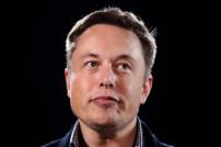 Tesla-Chef Elon Musk gewinnt gegen Jeff Bezos