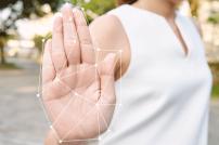 Vernetzte Hand: Biometrische Daten für neue Zahlungsmethode
