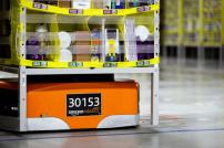 Roboter in einem Logistikzentrum von Amazon