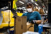 Mitarbeiter in Amazon-Lager
