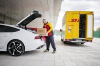 Amazon liefert Produkte in den Kofferraum.