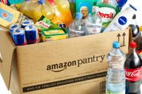Amazon Pantry Box gefüllt mit verschiedenen Produkten