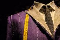Anzug in der Herstellung