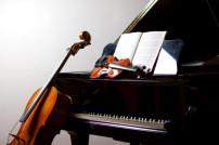 Cello, Geige und Klavier